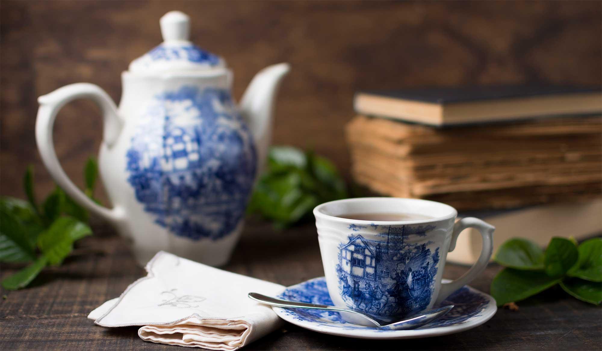 تاریخچه ی ظروف چینی