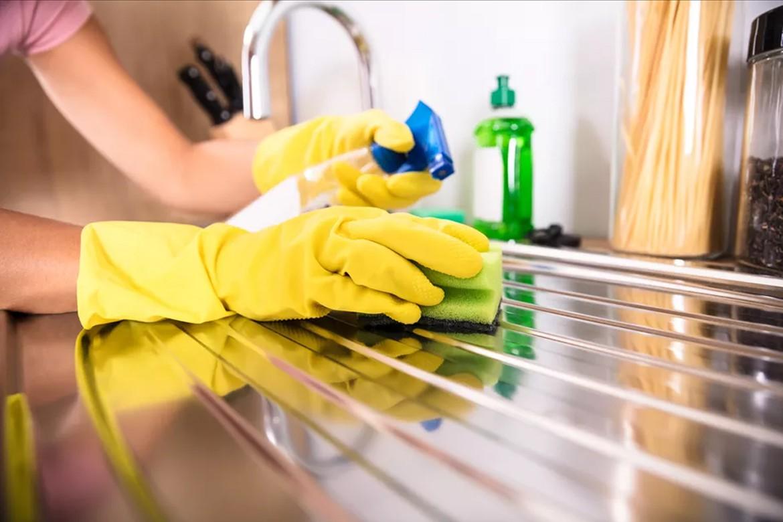 چند روش تمیز کردن سینک ظرفشویی استیل